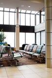Flughafen-Innenraum stockbild