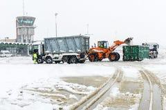 Flughafen Lugano Agno unter dem Schnee Stockfoto