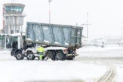 Flughafen Lugano Agno unter dem Schnee Stockfotografie