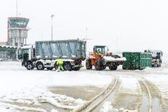 Flughafen Lugano Agno unter dem Schnee Lizenzfreie Stockfotografie