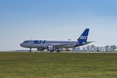 Flughafen Prag Ruzyne-LKPR, Airbus stockfotos