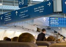 Flughafen-Reisen-Montage lizenzfreie stockfotos