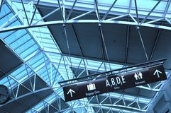 Flughafen-Terminal Lizenzfreies Stockbild