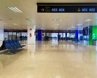 Flughafenausgang Stockfoto