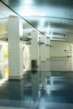 Flughafenförderwagenstation Stockbilder