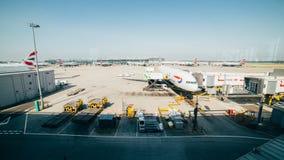 Flughafenfenster stockfoto