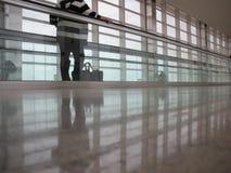 Flughafengehweg Lizenzfreies Stockbild