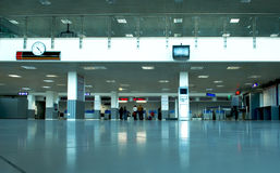 Flughafenhalle Stockfoto