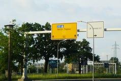 Flughafentasten auf einem weißen backround Stockfotografie