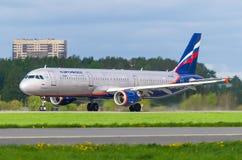 Fluglinien Airbusses a321 Aeroflot, Flughafen Pulkovo, Russland St Petersburg im Mai 2016 Lizenzfreies Stockbild