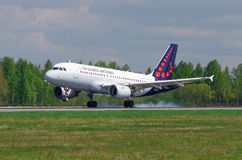 Fluglinien Airbusses a319 Brüssel, Flughafen Pulkovo, Russland St Petersburg im Mai 2016 Stockfoto