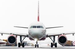 Fluglinien Airbusses a319 Rossiya, Flughafen Pulkovo, Russland St Petersburg im Januar 2017 Lizenzfreie Stockbilder