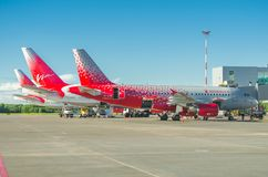 Fluglinien Airbusses a319 Rossiya, Flughafen Pulkovo, Russland St Petersburg im Juni 2017 Stockbild