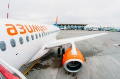 Fluglinien Sukhoi-Superjet 100 ssj-100 Azimut, Flughafen Pulkovo, Russland St Petersburg 10. Oktober 2017 Lizenzfreie Stockbilder