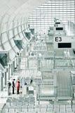 Fluglinienpersonal bereitet sich für das Verschalen vor Lizenzfreie Stockbilder