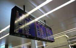 Fluglinienzeitplan stockfotos