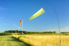 Flugplatz Windsocks Stockbild