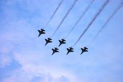 Flugschau des Kampfflugzeugs F16 Lizenzfreie Stockfotos