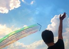 Flugschau im Himmel in Zhukovsky lizenzfreie stockfotografie