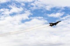 Flugschau von Kampfflugzeugen Stockfotos