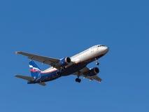 Flugzeug Airbus A320, E Habarov Lizenzfreies Stockfoto