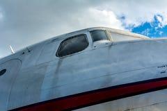 Flugzeug in Berlin Tempelhof Stockbild