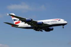Flugzeug British Airwayss Airbus A380 Flughafen Londons Heathrow Lizenzfreie Stockbilder
