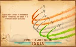 Flugzeug, das indische dreifarbige Flagge im Himmel macht Stockfotografie