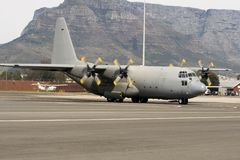 Flugzeug Lockheed-C-130 Herkules Stockfotos