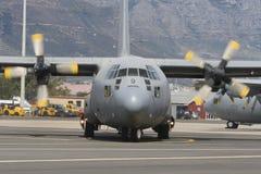 Flugzeug Lockheed-C-130 Herkules Lizenzfreie Stockfotos