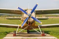 Flugzeug mit Propeller Stockfotografie