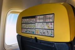 Flugzeug Seat, Fenster: Innere Flugzeug-Kabine Stockbild
