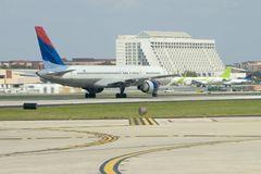 Flugzeug-Start Lizenzfreie Stockfotos
