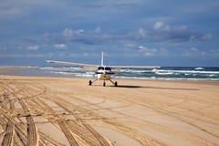 Flugzeug am Strand Royalty Free Stock Photo