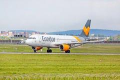 Flugzeug vom Kondor vor Start, Flughafen Stuttgart, Deutschland Stockfotografie