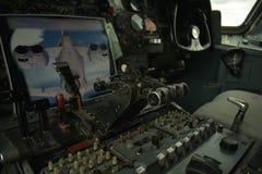 Flugzeugcockpit in einem vc-10 lizenzfreie stockbilder
