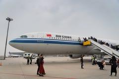 Flugzeuge Air Chinas Airbus an Peking-Flughafen in China lizenzfreies stockfoto