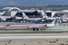 Flugzeuge American Airliness McDonnell Douglas MD-82 Stockbild