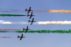 Flugzeuge im Himmel Lizenzfreies Stockfoto