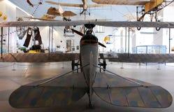 Flugzeuge im Museum Münchens Deutsches stockbilder