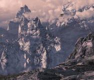 Flugzeuge mit Pontons in der Gebirgsschlucht Stockfoto