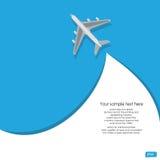 Flugzeugfliegen auf blauem Hintergrund Stockfoto