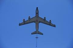 Flugzeugfliegen oben Lizenzfreie Stockfotografie