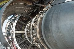 Flugzeugmaschine baute offene Haube, hintere Ansicht auseinander lizenzfreies stockbild