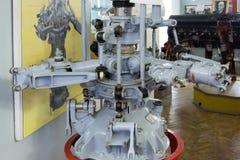 Flugzeugmotor im zentralen Haus von Luftfahrt und von Cosmonautic stockfotos