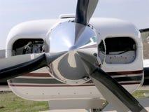 Flugzeugmotor und Stütze stockfoto