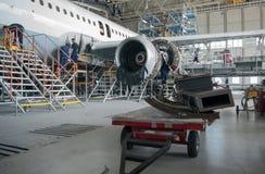 Flugzeugreparatur und -modernisierung Stockbild