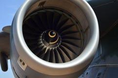 Flugzeugturbinendetail Fan- und Kegelsystem stockfotos