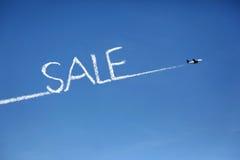 Flugzeugverkaufs-Wolkenexemplar Stockfoto