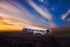 Flugzeugwrack nahe Vik Lizenzfreie Stockfotos